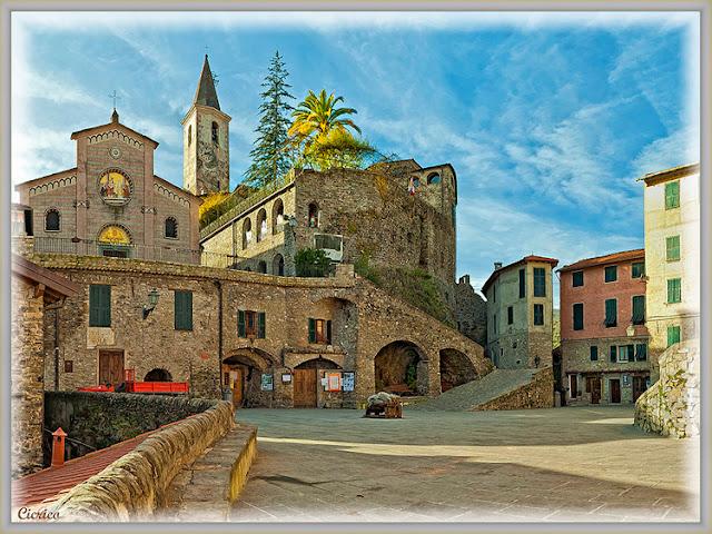 MEDIEVAL VILLAGE - ITALY