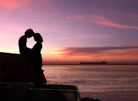 Robert Bridges, Frase de Amor,  Frase de Carinho,  Relacionamento, Terminar, Beijo