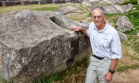 L'archeologo Gregory Deyermejian