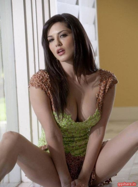 Sunny Leone Very Hot Photo Stills 10 More images..