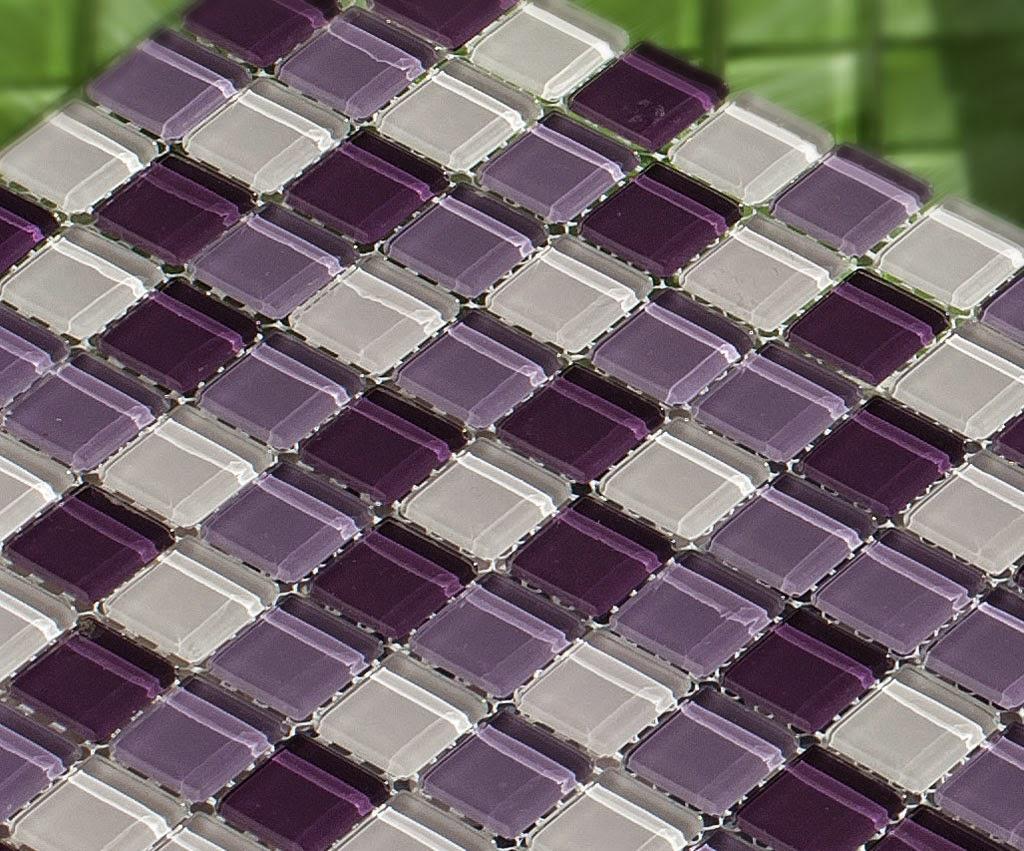Pastilha de vidro (Mescla Purple White ref. AA037 W) da CrystalCor  #4B6529 1024x851 Banheiro Com Uma Parede De Pastilha