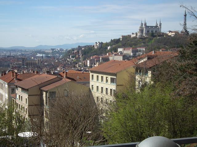 Lyon, Silk, Tour