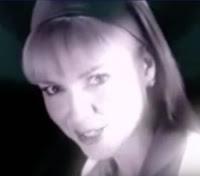 A apresentadora Eliana em campanha de combate às drogas, no final dos anos 90.