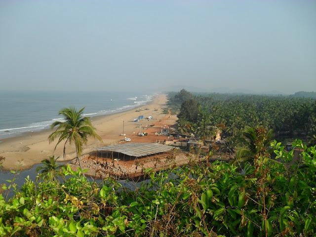 участок пляжа в Гокарне