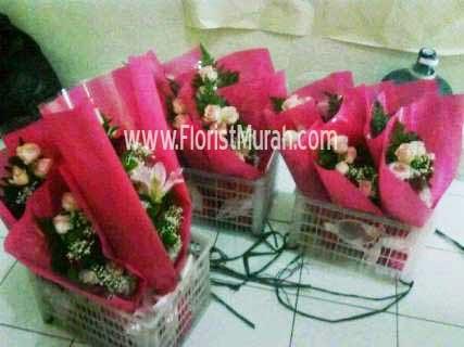 Arti Bunga Mawar Pada Hadiah Valentine