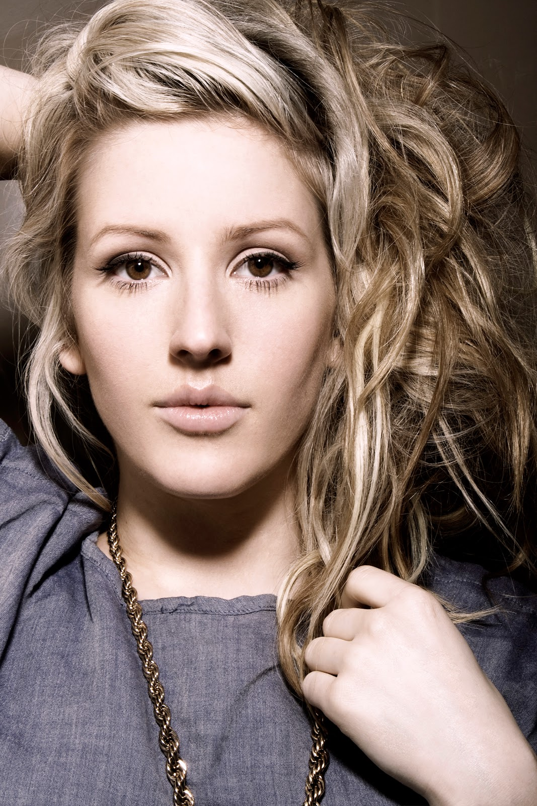 Read Ellie Goulding Biography , See Ellie Goulding Wallpapers