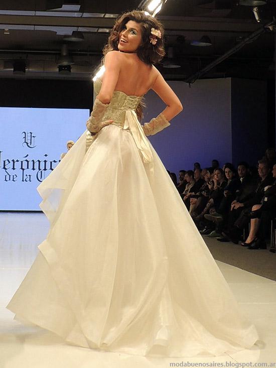 Veronica de la Canal vestidos primavera verano 2015. Semana de la Moda primavera verano 2015.