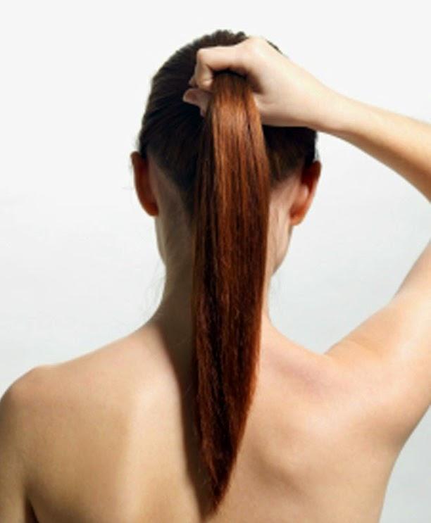 mengikat rambut terlalu ketat