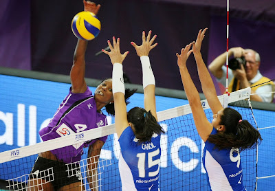 Volleyball Techniques For Beginner - The South American champions from Unilever Volei proved too strong for host Volero in Saturday's second semi-final