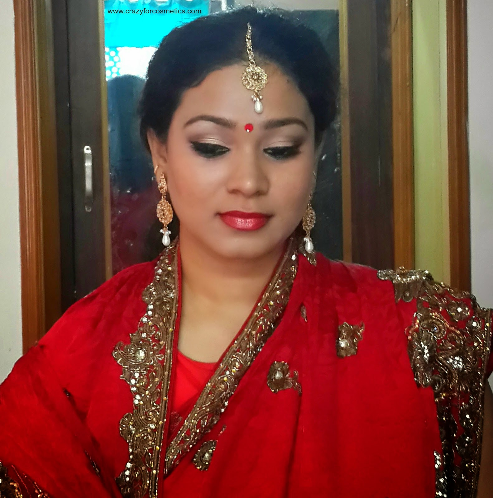 Bengali Bridal makeup-Bengali Bridal makeup tutorial- Indian Bridal makeup tutorial-Indian bengali Bridal makeup step by step-Indian eyeshadow makeup tutorial-Bengali wedding makeup eyemakeup tips-Indian bridal makeup tips blog-Bengali weddings-Bengali saree-Bengali wedding saree