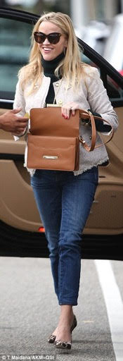 Reese Witherspoon in J. Crew pumps