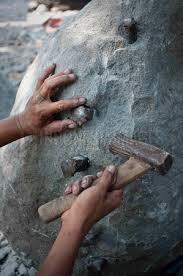 Bahan Pembuatan Seni kriya Patung dan Jenisnya