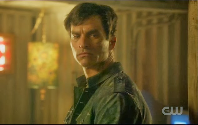 Johnathon Schaech Uncle Castor Star-Crossed