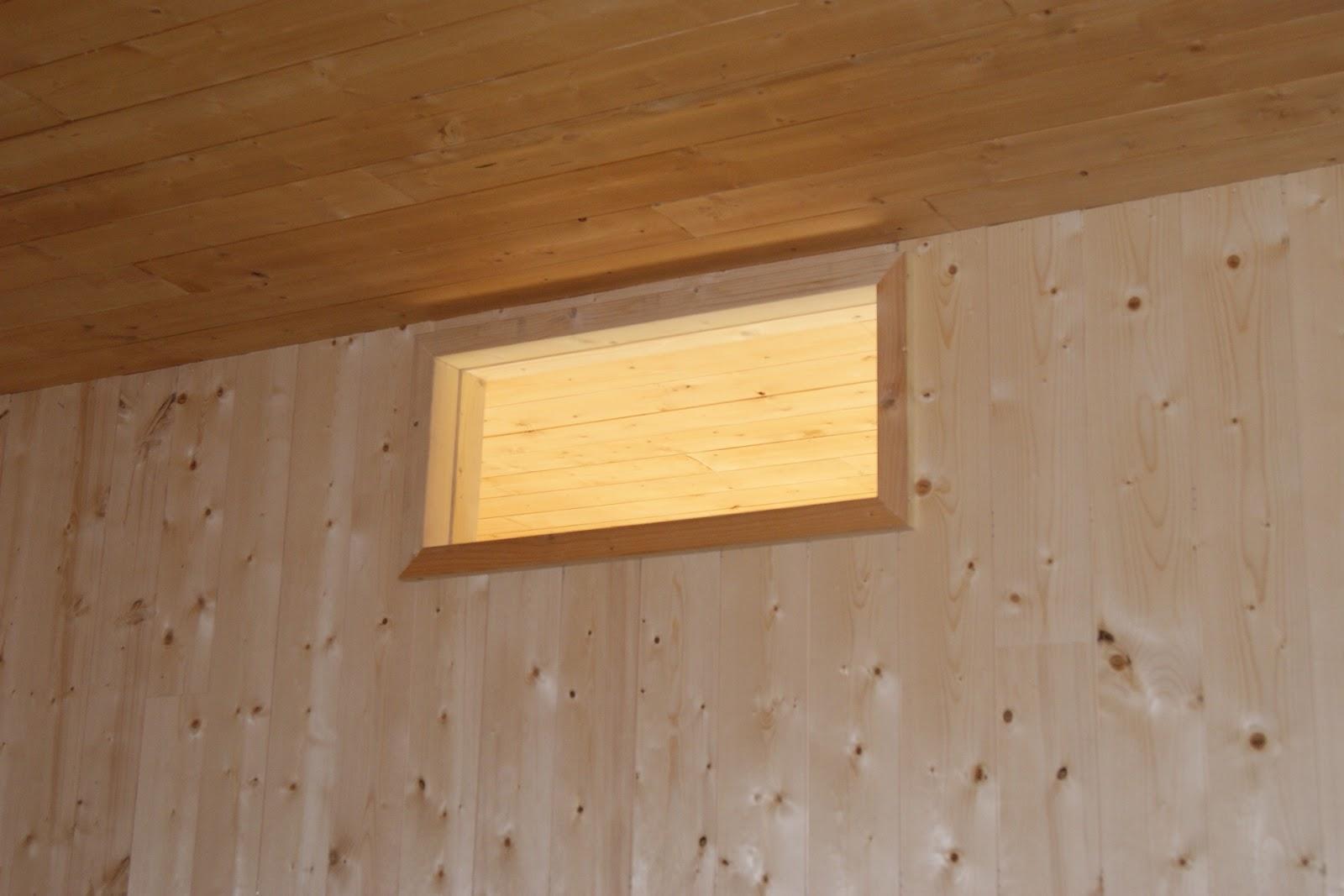 buzz et laly se font un nid en bois puit de jour. Black Bedroom Furniture Sets. Home Design Ideas