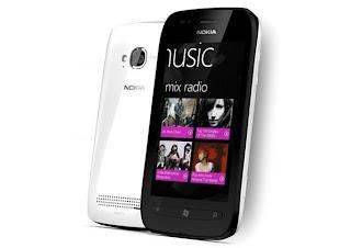 Nokia_Lumia_719