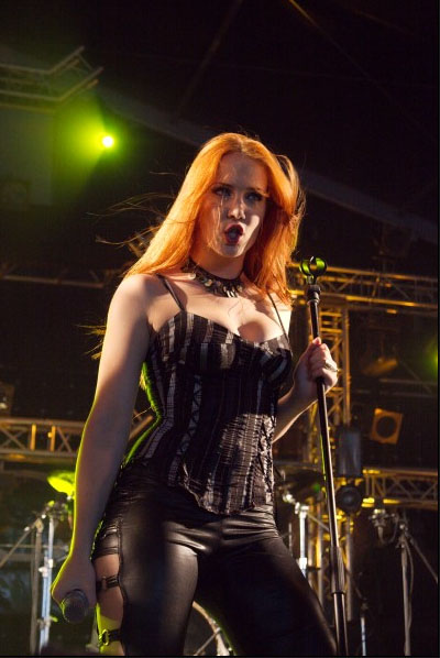 simone simons ladies sexy - photo #9