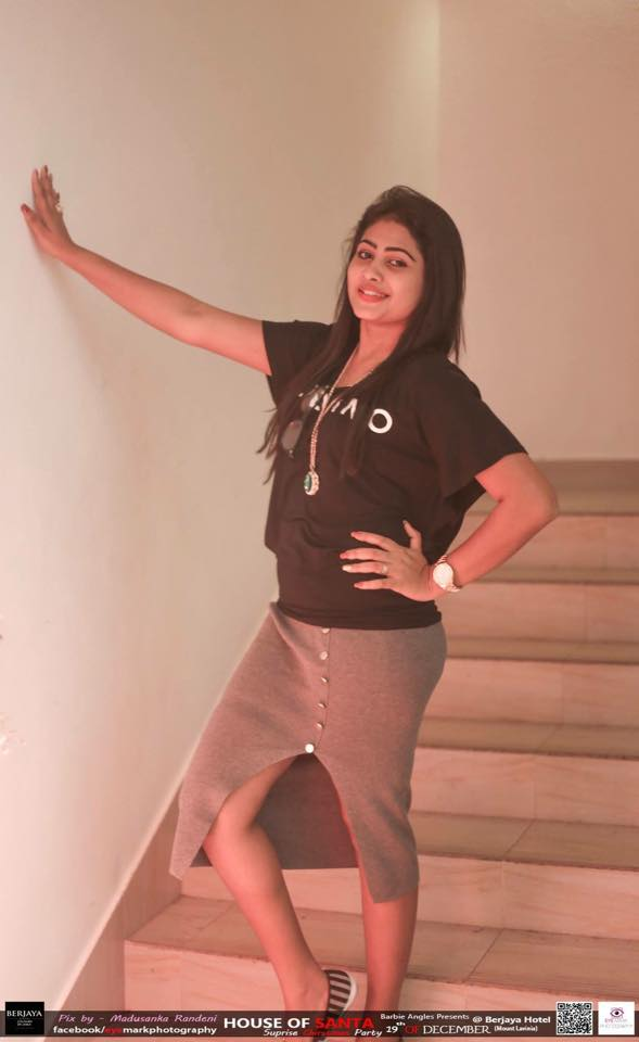 sri lankan actress piyumi hansamali