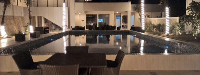 kolam renang hotel bintang dseason karimunjawa