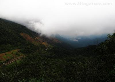 Vista para Cubatão a partir do mirante na serra do Mar, em Paranapiacaba