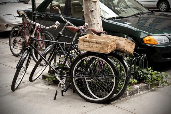 Bicycles parked on the street   West Village   photo Marika Järv
