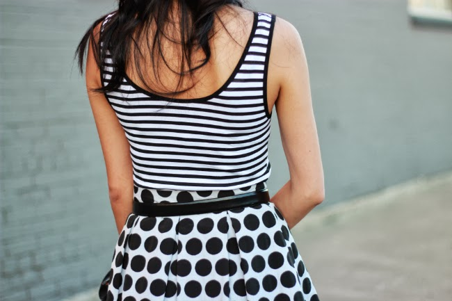 black and white stripes polka dot patterns mixing