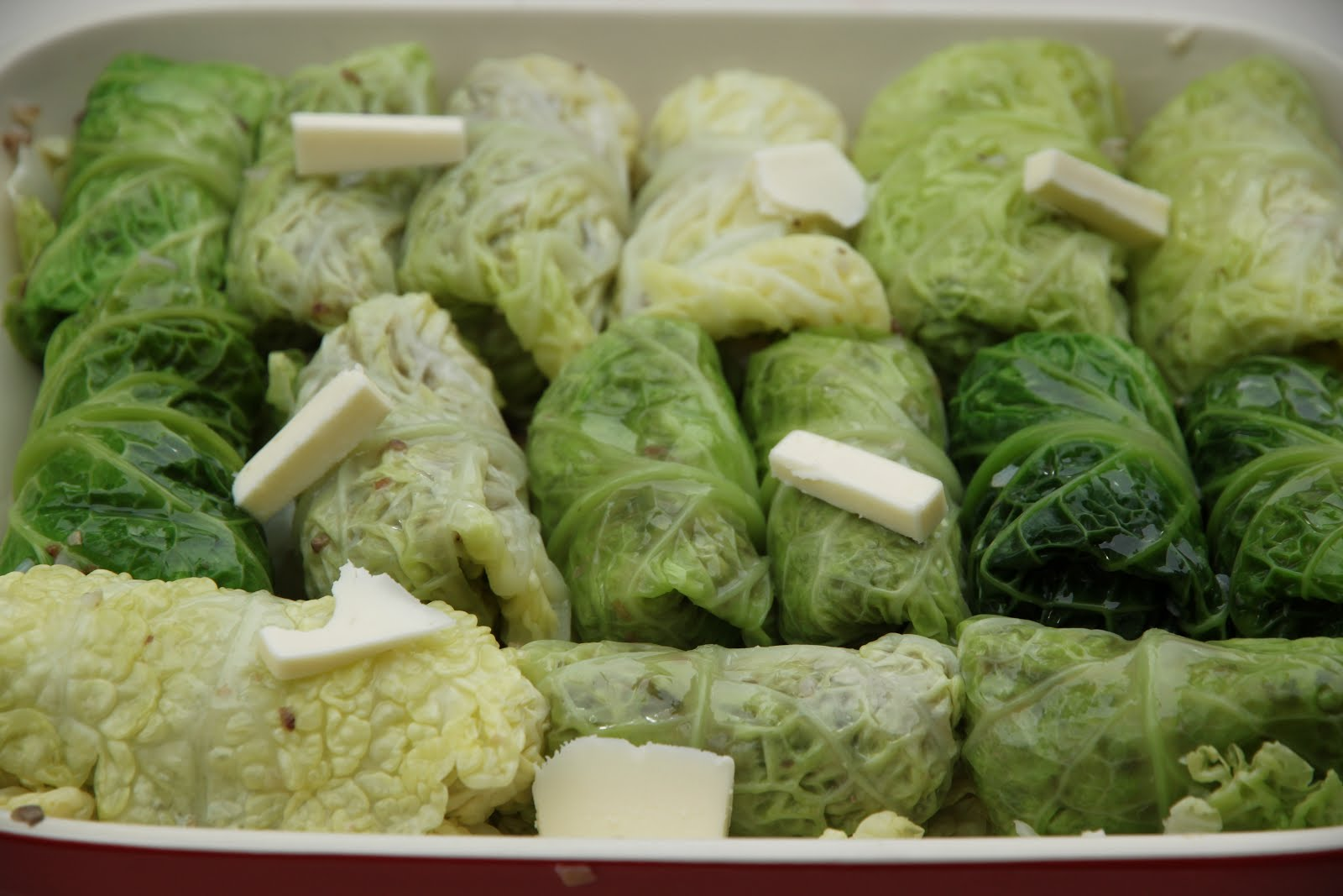 how to cut cabbage leaves for small cabbage rolls