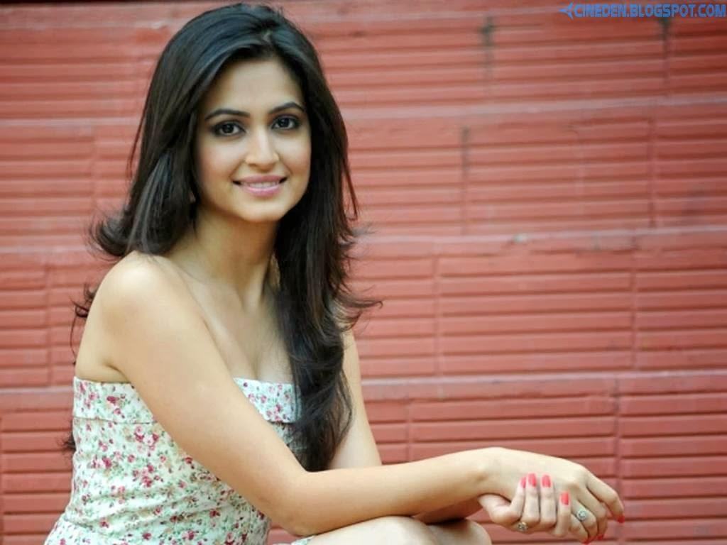 Kriti Sanon to play a journo - CineDen