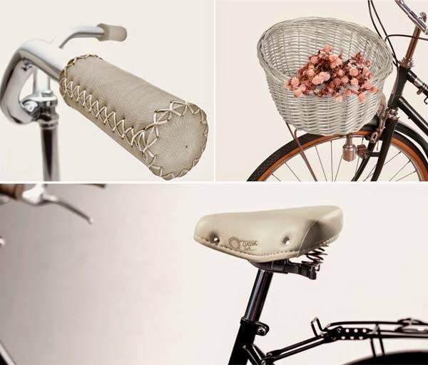 Complementos para bicicleta urbana negra, en tonalidades claras.