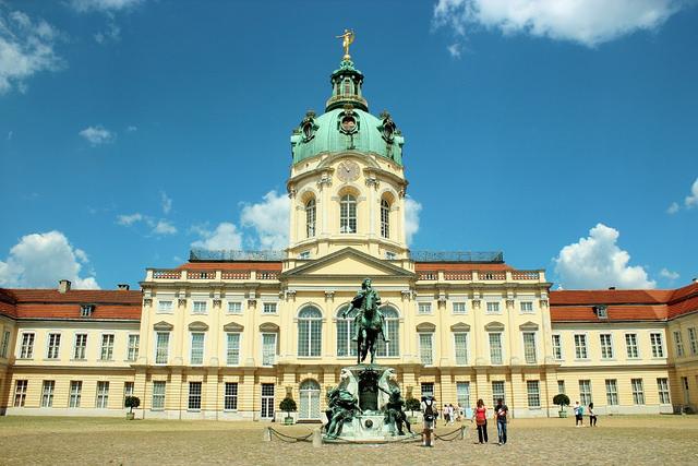 Khách sạn Palace Berlin