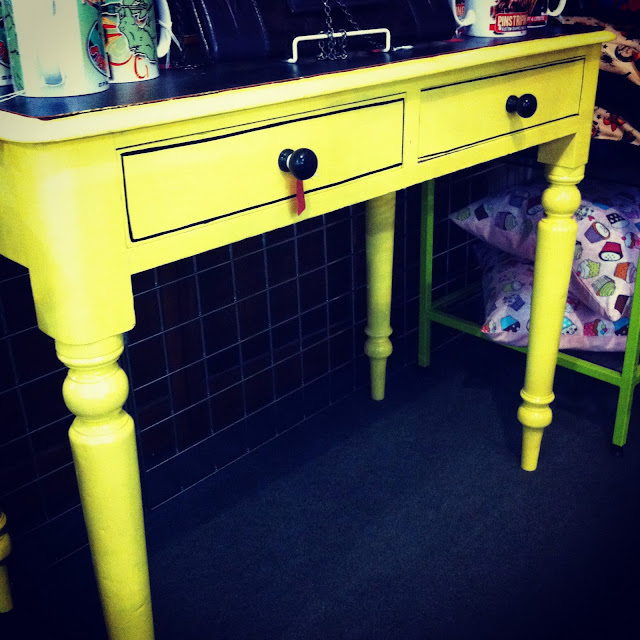 yellow table,