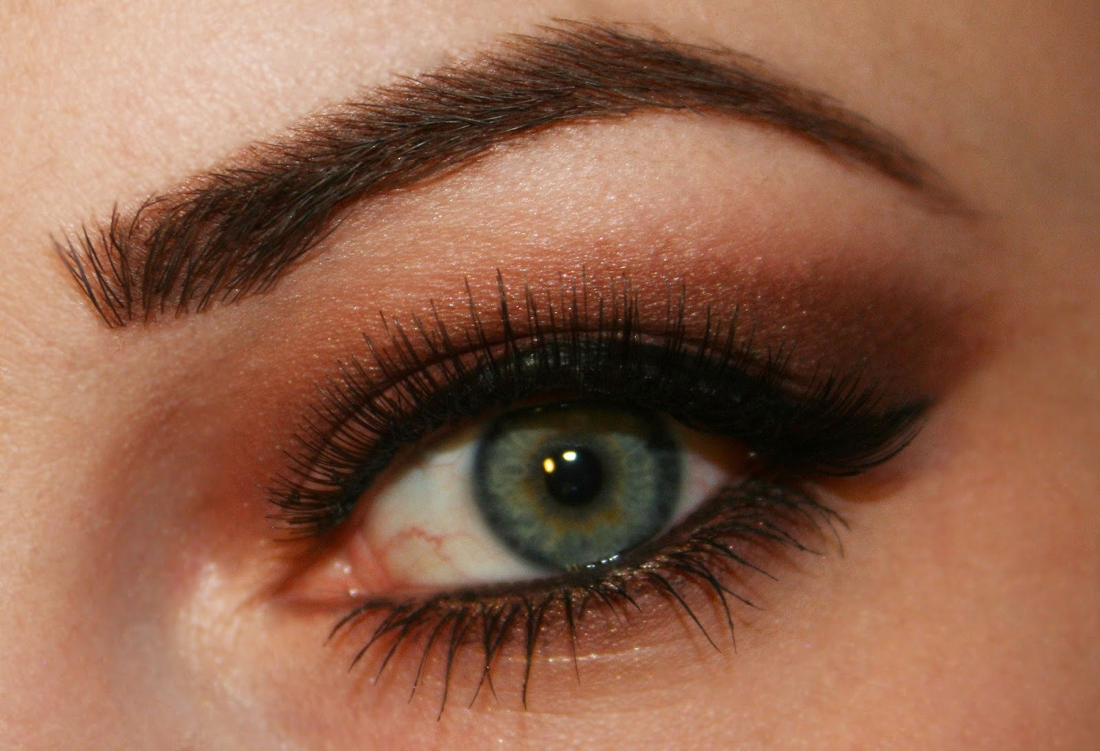 Enchanted Makeup Colour Pop For Green And Blue Eyes
