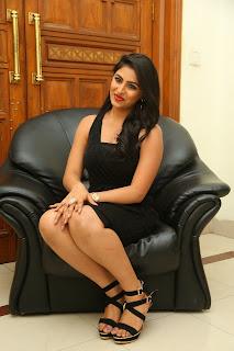 Kruthika Jayakumar Pictures in Black Short Dress at Vinavayya Ramayya Audio Release ~ Celebs Next