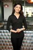 Pranitha latest dazzling photos-thumbnail-15