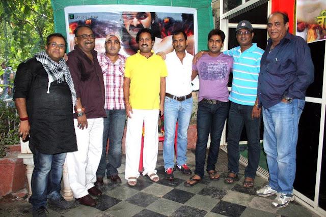 Pawan Singh & Subhi Sharma Veer Balwaan Pictures - Bhojpuri Film Veer Balwaan Photos