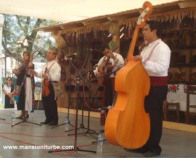 Las Pirekuas canto tradicional de los Purépechas
