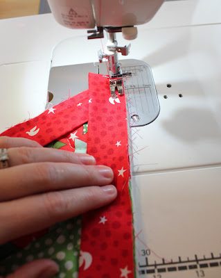 Binding Tutorial for Christmas Tree Skirt