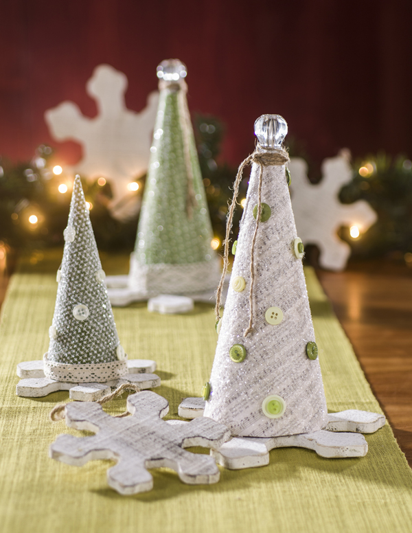 Christmas Glitter Paper Mache Cones @craftsavvy @sarahowens #craftwarehouse #papermache #cones #holiday #diy