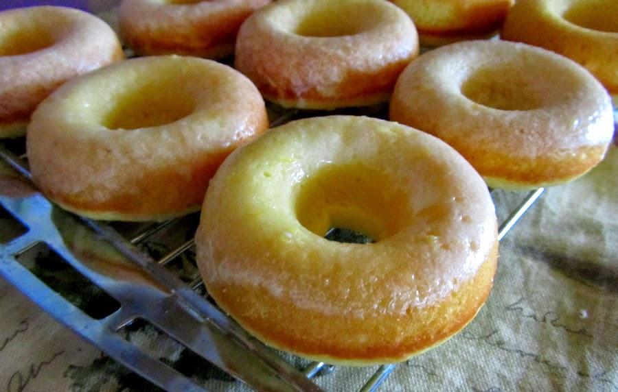 Mennonite Girls Can Cook: Baked Lemon Cake Donuts