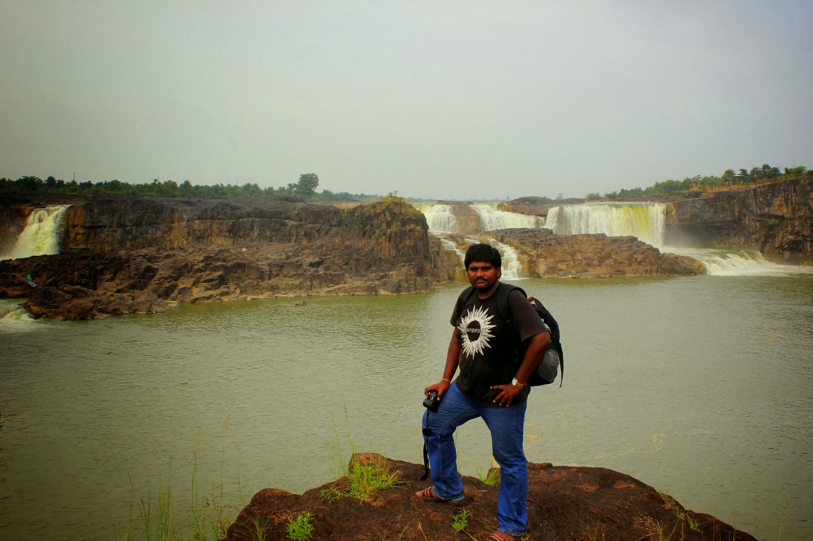 Me .. Posing before Sahastrakund