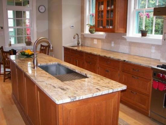 marble countertops kitchen idea