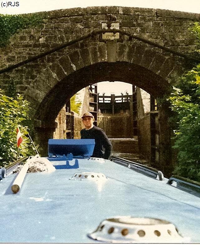 Der Autor durchfährt mit der Celtic Princess das Spencer Lock am GC der Barrow Line in Irland