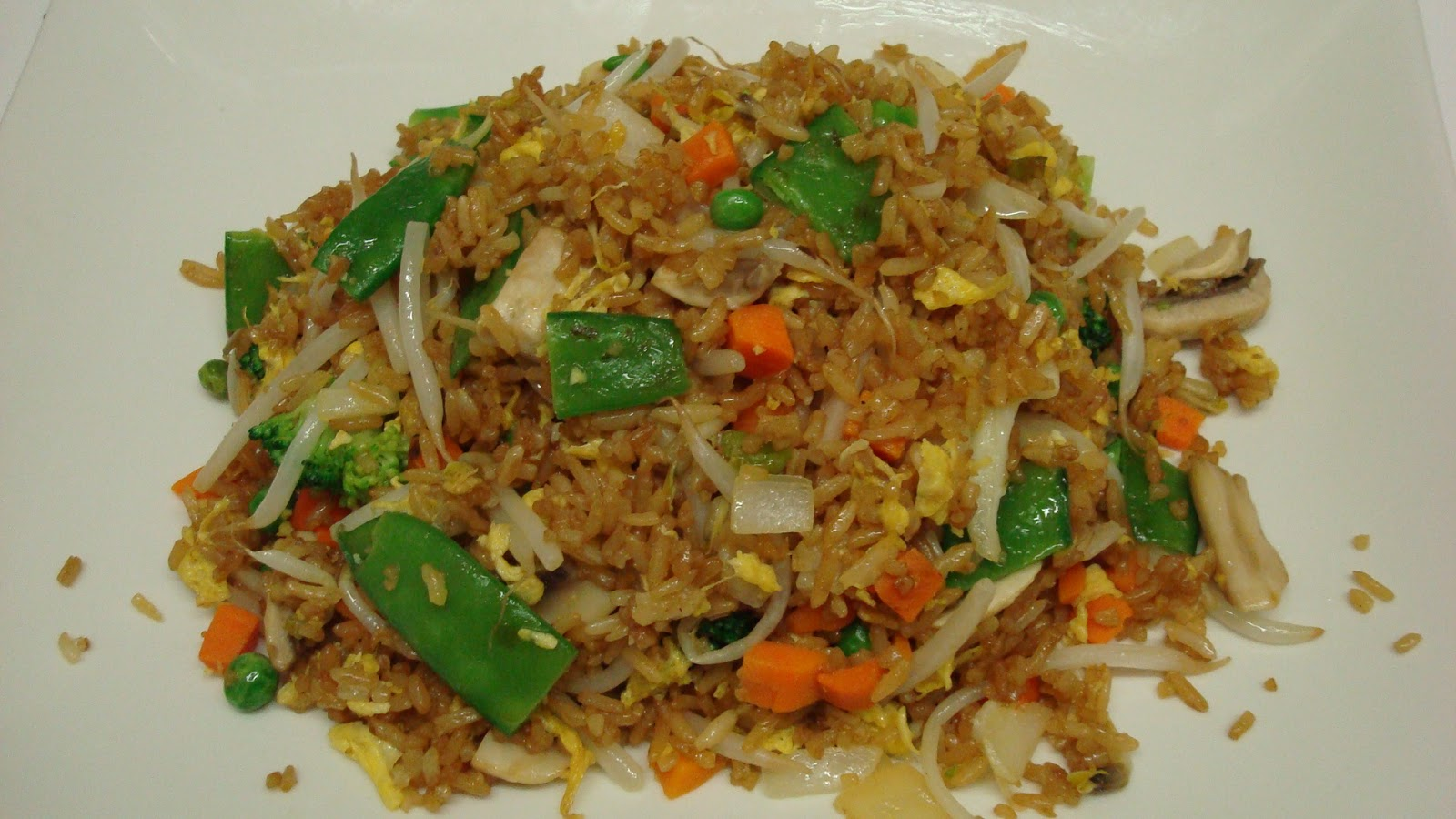 Bean Sprouts Fried Rice | Vegetarian Recipes | Art of Living Universe