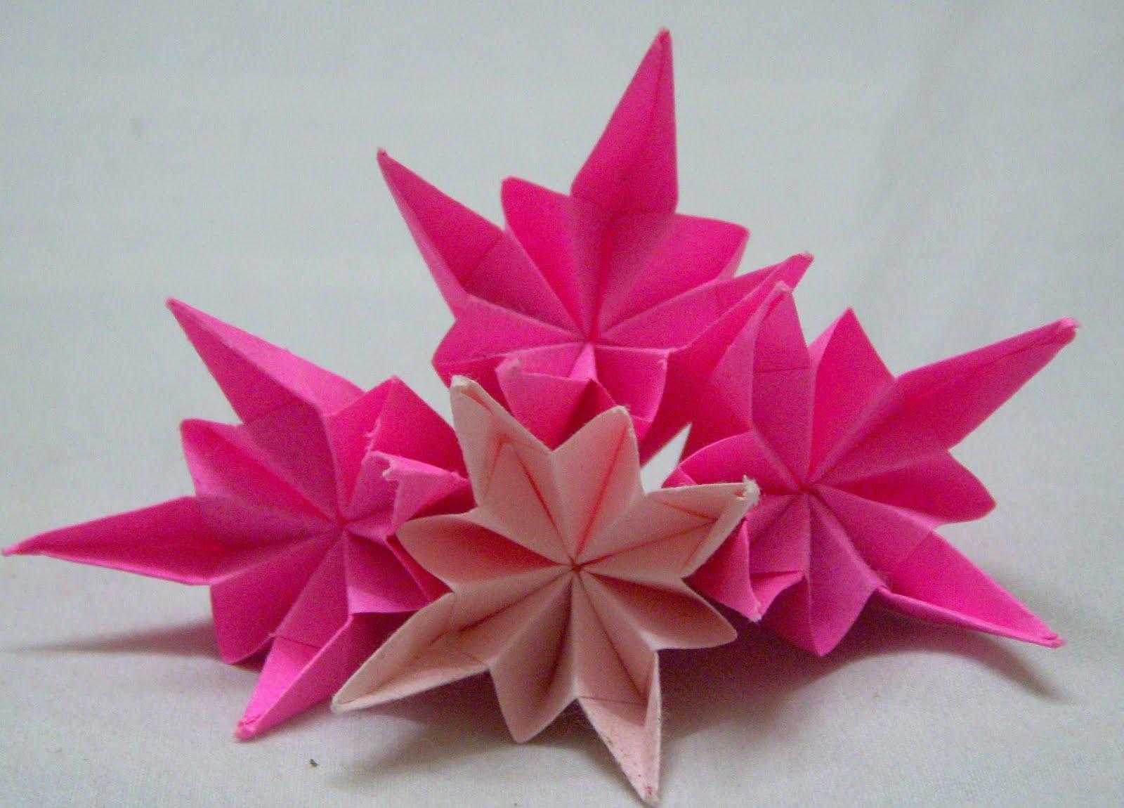 Origami  Origami Pluto Kusudama