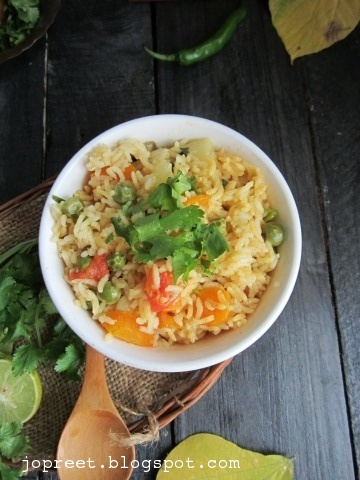 Simple Veg Pulao - Pressure Cooker