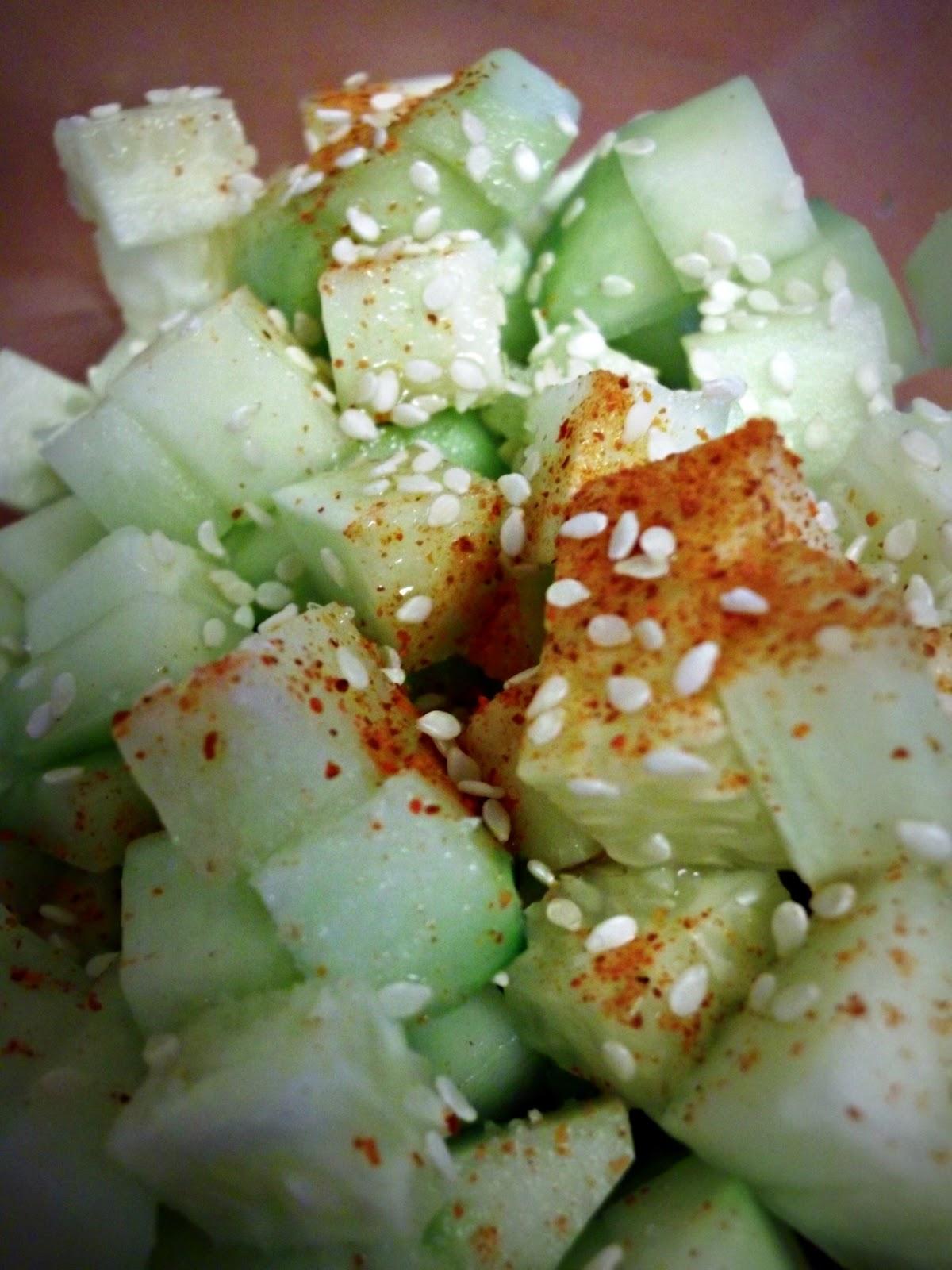 Julia's (Vegan) Kitchen: Sesame Cucumber Salad