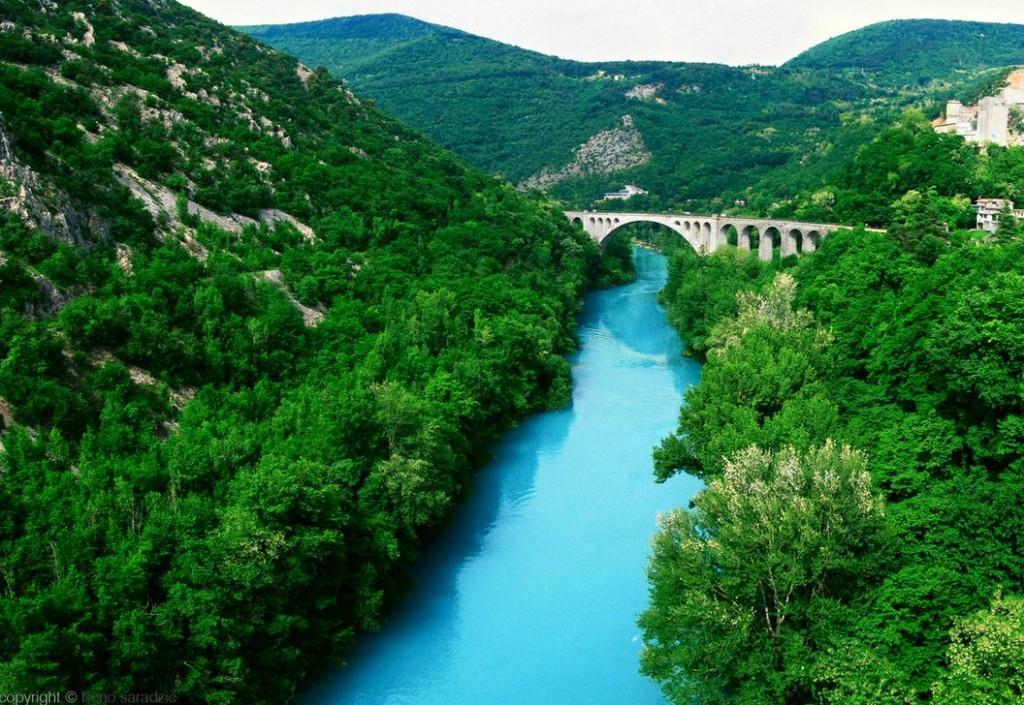 صور الانهار الاكثر جمالا حول العالم