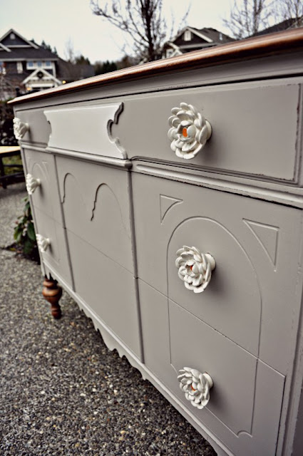 how to refinish a dresser using chalk paint