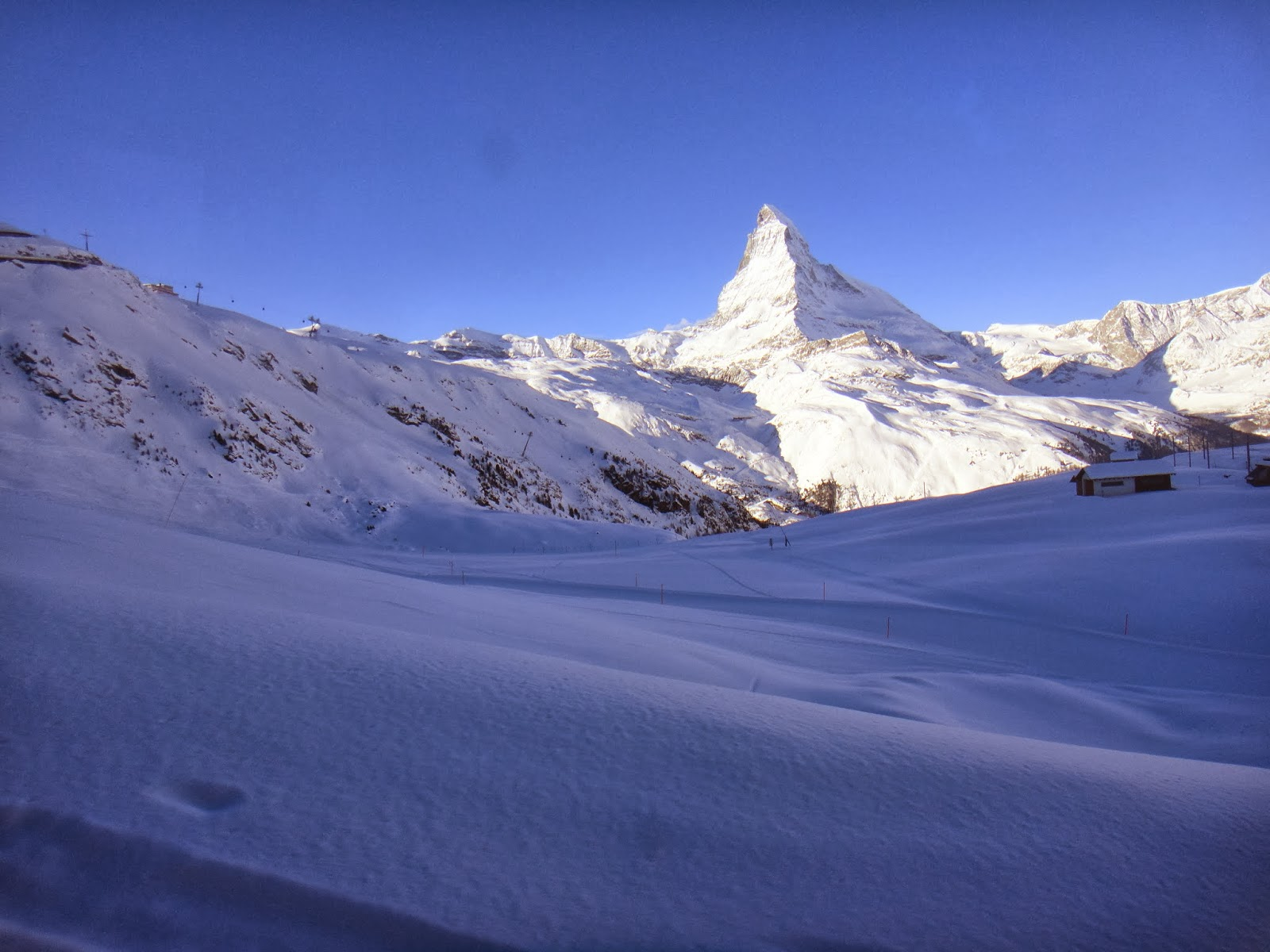 Lifestyle, Skiing, Switzerland, Zermatt, Holiday, Winter, Sport, Ski, Ski Holiday, Ski Resort, Travel, Snow, Travelling, Pictures, Zermatt Switzerland, Skier, Snowboarding, Ski Zermatt, Ski Zermatt Switzerland, Matterhorn