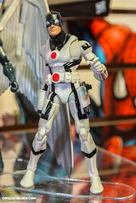 Hasbro 2013 Toy Fair Display Pictures - Marvel Legends - Guardian