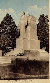 CPA monuments aux Morts du Puy-de-Dôme, Ambert